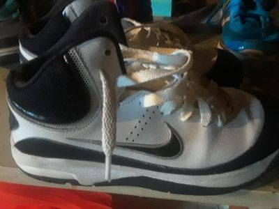 Size 2.5 nike air force