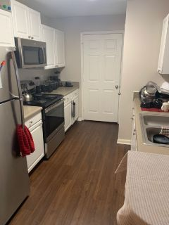 2 bed/2 bath Apartment Sublease