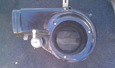 Sell Mercedes W116 Blower motor housing 1168300362 motorcycle in Palm Coast, Florida, US, for US $75.69