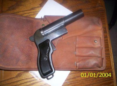 Flare Gun & Holster