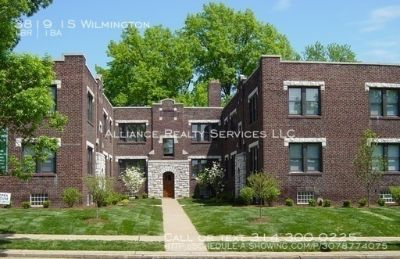 Move In by 8/1/2019! Charming & Cozy 1bd/1bth in South City! Hardwoods, Eat In Kitchen & w/d hook up