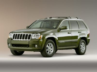 2009 Jeep Grand Cherokee Laredo (Brilliant Black Crystal Pearlcoat)
