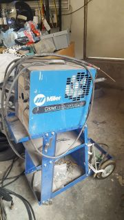 MILLER WIRE FEED WELDER WITH CART