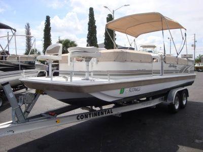2000 Hurricane Fun Deck 226 FF Deck Boats Holiday, FL
