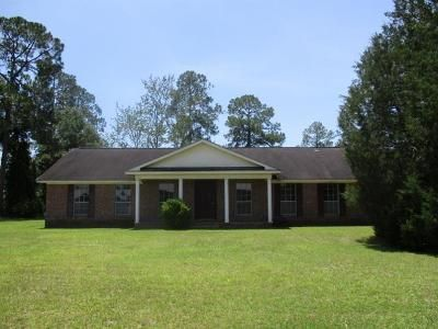 3 Bed 2 Bath Foreclosure Property in Waycross, GA 31501 - W Parkway Dr