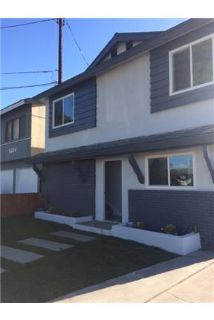 Brand New Remodel 4 bedroom 2 bathroom Town House with an Office in Bell