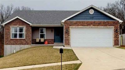 1352 Durham Herculaneum Three BR, just like brand new
