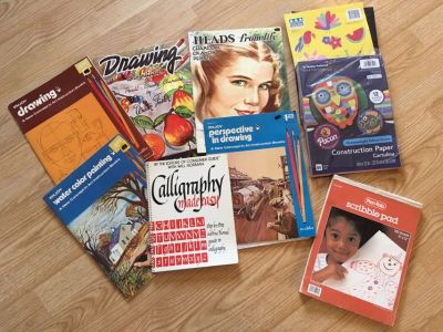 Vintage Art Instruction Books & Supplies w/Carrying Case