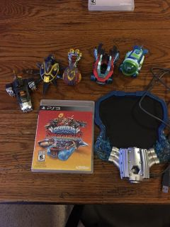 PS3 superchargers game,base & 5 characters