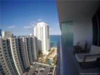 Residential Rental : , Hollywood, US RAH: A10249796