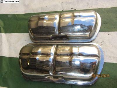 upright engine chromed valve covers