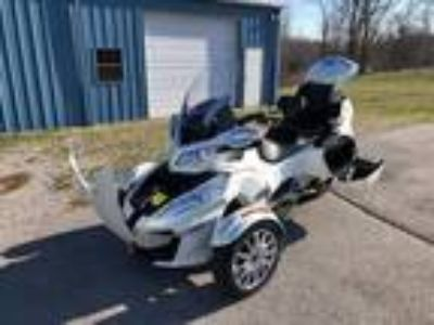 2016 Can-Am Limited RT Trike