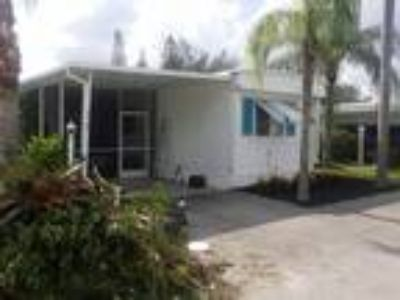 MOBILE HOME 4 sale or rent 37, 000 North Naples !!