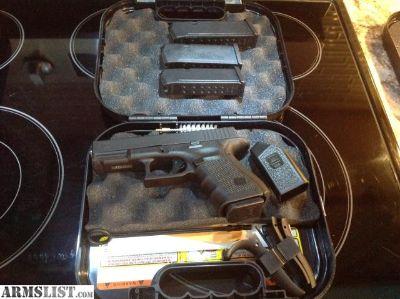For Sale: Glock 19 Gen 4 Like New