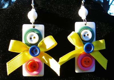 EARRINGS - Retro Vintage Buttons and Bows