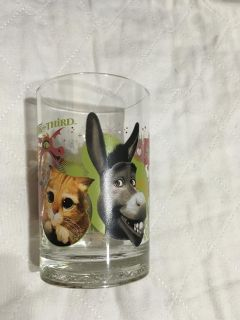 MCDONALD S PUSS AND BOOTS GLASS