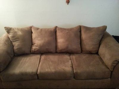 matching couchlove seat