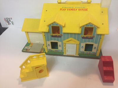 Vintage 1996 fisher price house