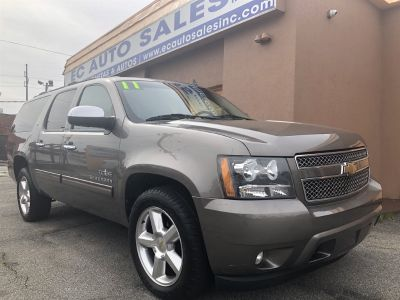 2011 Chevrolet Suburban LT 1500 (Brown Or Taupe)
