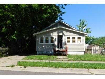 2 Bed 1 Bath Foreclosure Property in Akron, OH 44306 - Clement St