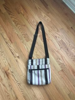 Thirty one purse w/adjustable strap