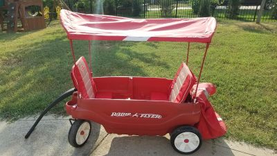 Radio Flyer Wagon with canopy, backpack, cell and cup holders
