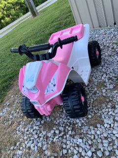 Kids powerwheel 4 wheeler