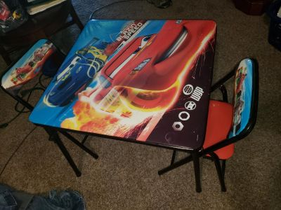 Toddler/small kids folding Cars table w 2 chairs