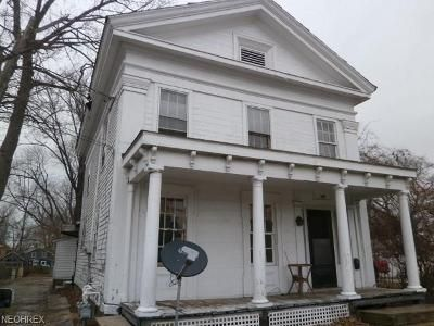 4 Bed 2 Bath Foreclosure Property in Painesville, OH 44077 - 143 E Jackson St