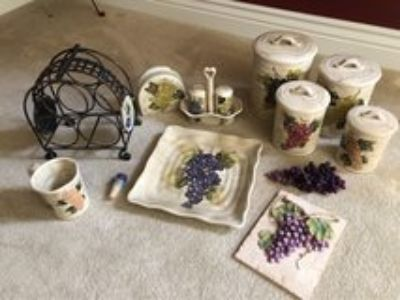 Grape Themed Kitchen Accessory Bundle