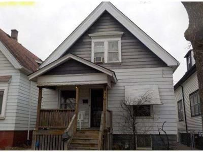 3 Bed 1.5 Bath Foreclosure Property in Milwaukee, WI 53206 - N 19th St