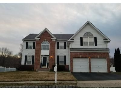 4 Bed 3 Bath Preforeclosure Property in Columbus, NJ 08022 - Durham Dr