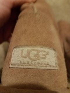 NEW LADIES UGG BOOTS SIZE 8