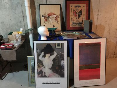 Art,collectibles,glass,books,posters etc