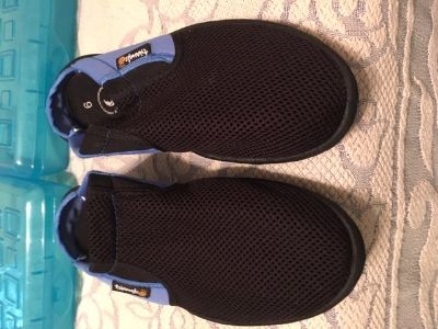 Water Shoes Blue and Black Triangle Brand Size 9