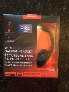 Brand new in box Gamecon wireless gaming headset