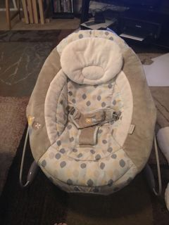 Ingenuity automatic bouncer - ppu (near old chemstrand & 29) or PU @ the Marcus Pointe Thrift Store (on W St)