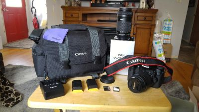 Like New Canon 70D, 18-55 & 55-250 IS STM Lenses, Case, Strap, 2 Batteries, Charger and 2 SD Cards