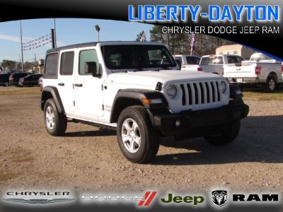 2018 Jeep Wrangler Unlimited UNLIMITED SPORT S 4X4 (Bright White)