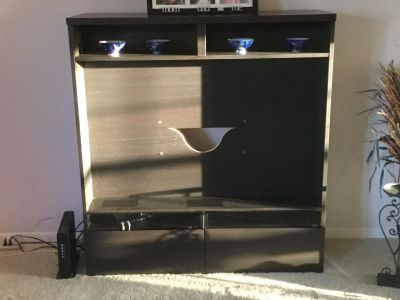 IKEA Tv Stand for 40 TV