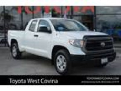 Used 2014 Toyota Tundra 2WD Truck Super White, 109K miles