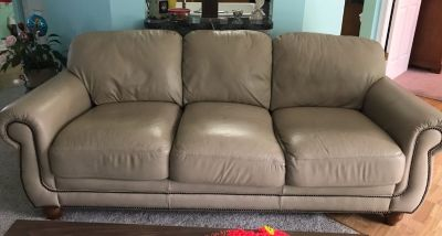JUST MARKED DOWN !!! Brown leather couch in excellent condition