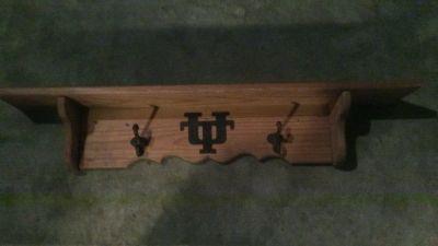 Shelf with 2 hooks