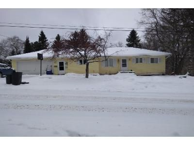 Preforeclosure Property in Houghton, MI 49931 - 6th Ave