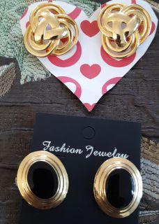 2 pairs FASHIONABLE EARRINGS