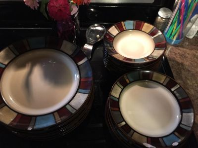 Set of 24 dishes