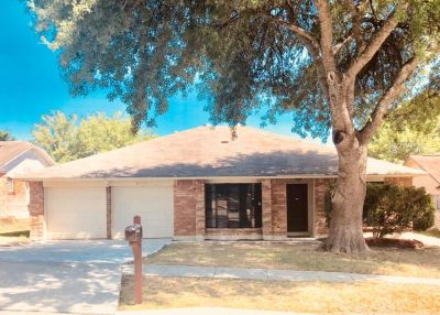 Newly Updated 3 beds/2 baths Home, 1619 SqFt