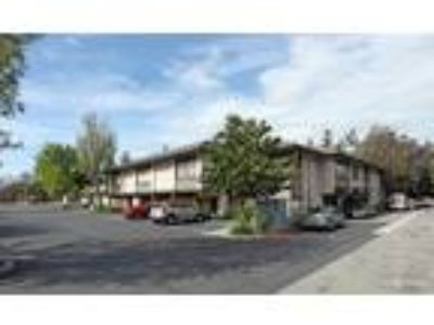 Thousand Oaks, Various sizes of 1st and 2nd floor office