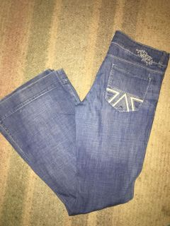 American Eagle jeans very cute Size 12 Asking five dollars ... Pick up Newport and Murrieta Road