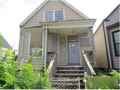 4 Bed 2 Bath Foreclosure Property in Chicago, IL 60621 - W 71st St